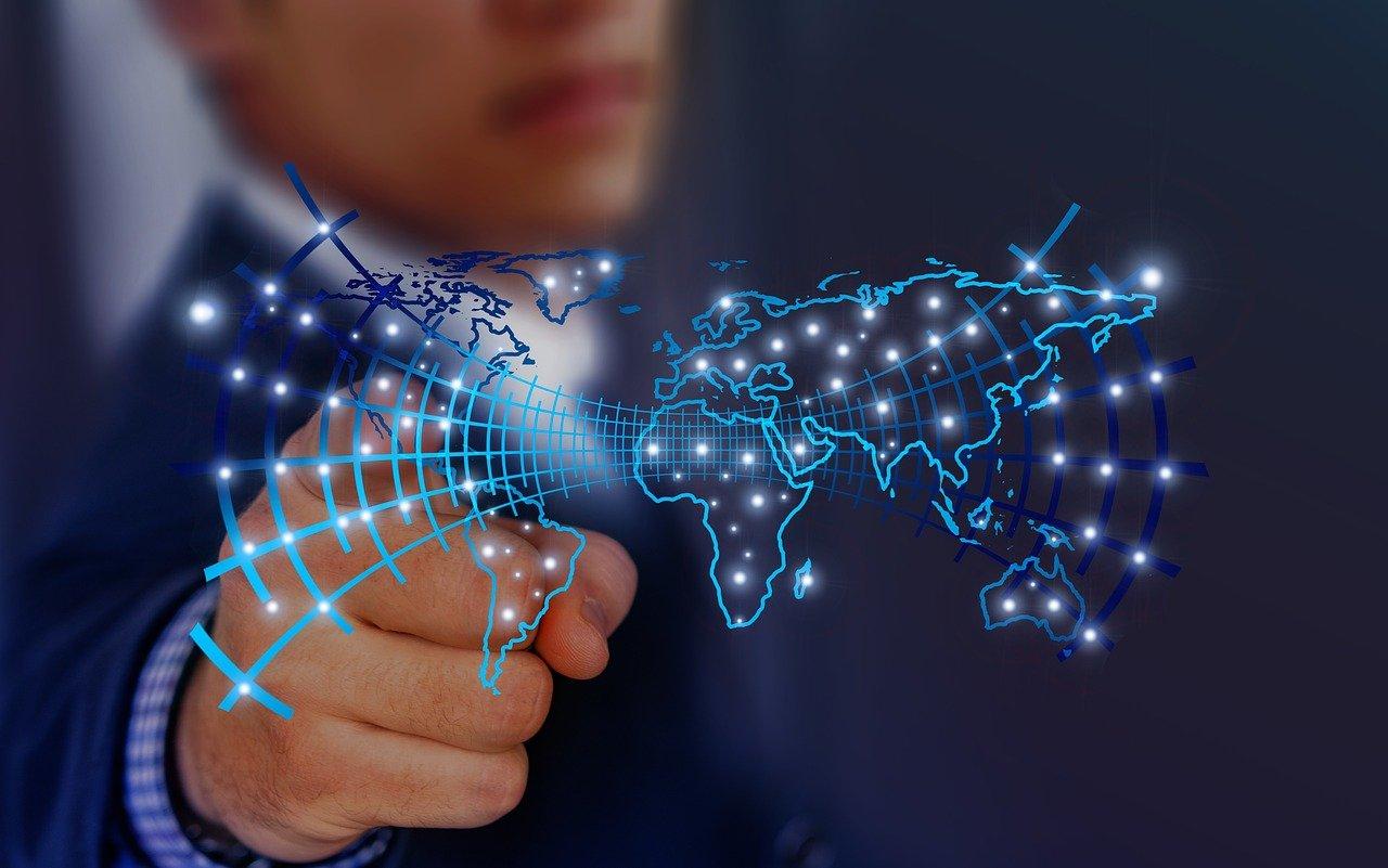 أفضل 6 دورات وكورسات  وشهادة في هندسة البيانات [2021]