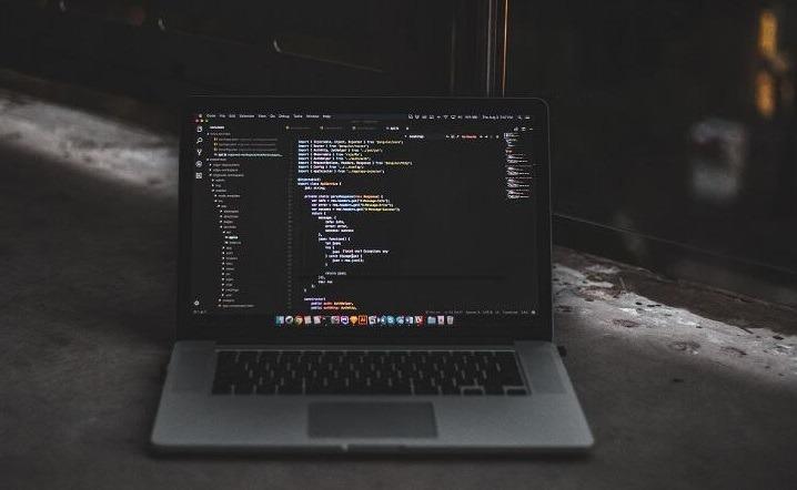 أفضل 8 + دروس مجانية في Laravel 5 ، دورة [2021] [محدث]