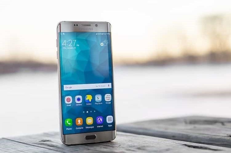 أفضل 15 شهادة وشهادة مجانية في Android [2021]